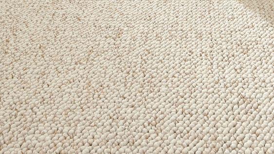 Moquette blanca berb re cru moquette moquette laine for Moquette saint maclou