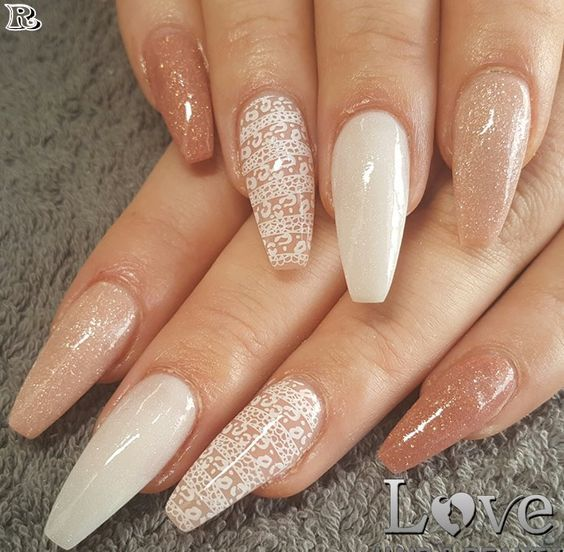 70 Attractive Acrylic Coffin Nails To Try This Fall Koees Blog Coffin Shape Nails Trendy Nails Acrylic Nail Designs
