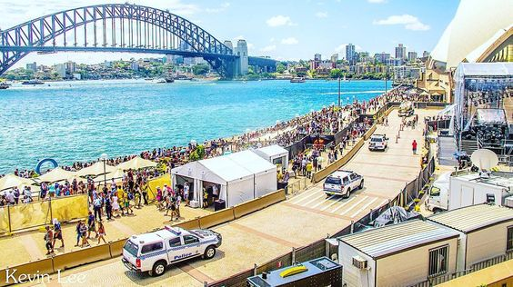 #SydneyHarbourBridge #Sydney #SydneyCity #SydneyHarbour #HarbourBridge #Australia #Aussie #Sydney_insta #ig_Australia #australiaday2016 #australiaday #Circularquay #Travel #People by kevinlee21 http://ift.tt/1NRMbNv