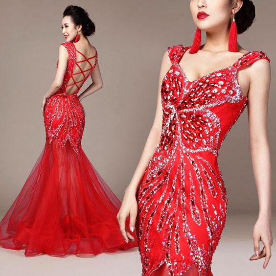 Traditional, Red gowns and Floor length evening dresses on Pinterest