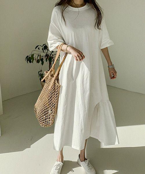 シンプルだから使い勝手バツグン この夏は万能 白ワンピース を着こなそう folk 白 ワンピース ファッションアイデア ワンピース シンプル