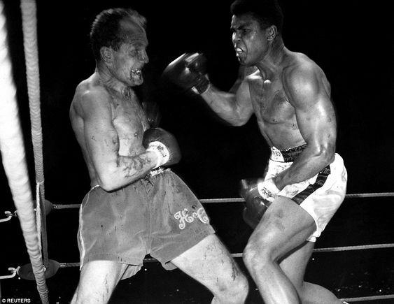 Ali vs Henry Cooper: