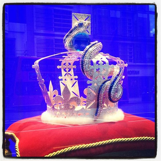 #london #harrods #jubilee #2012 #crowns #boucheron - @marusia_in_londonland- #webstagram