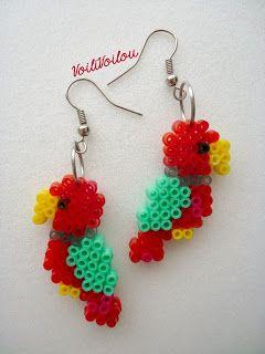 """Voili Voilou: Boucles d'oreilles """"Perroquets"""" - Parrots Hama mini beads"""