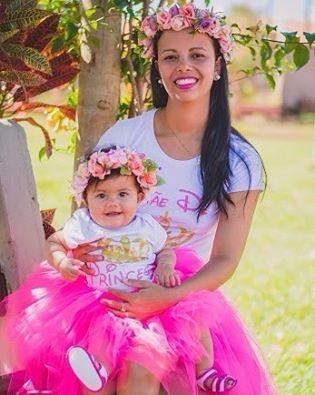 Mãe de princesa e princesa! Tal mãe e tal filha Muito amor!