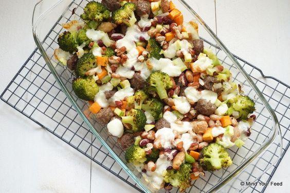 een makkelijke maaltijd is hier de laatste tijd standaard. Deze bonenschotel met broccoli en mozzarella past helemaal in dat straatje, makkelijk en gezond!