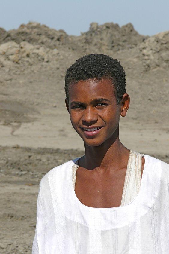https://flic.kr/p/5E7Vxs | Kosti - Sudan | Water..... Onderweg van Khartoum, de hoofdstad van Soedan, naar het zuiden. Richting Kosti.