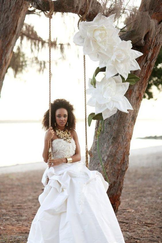Penteados para noivas negras com cabelo crespo natural