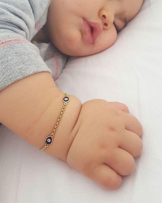 İyi geceler good night  #baby#babygirl#instababy#babies#cutebaby#cutekidsclub#justbaby#minnosbebek#babylove#perfectbabies#chubbycheeks#babymodel#babyphoto#babyfashion#fashionkids#chubbybaby#sleeping#uyku#mutluyumçünkü#annekiz#annebebek#kizim#bebe#bebek#bebeğim#annesininkuzusu#aşk#mutluluk#sevgi#iyigeceler