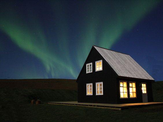 VRBO.com #1725127ha - Great Location - Luxury Cottage – Unique Surroundings - Glacier – National Park