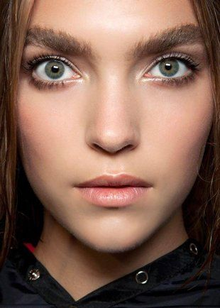 How to look modern while wearing the retro makeup trend   Fashionate - Yahoo