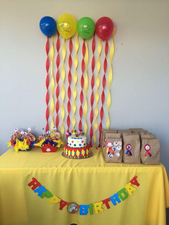 Mesa de cumpleaños Jorge el Curioso party jorge Pinterest Mesas