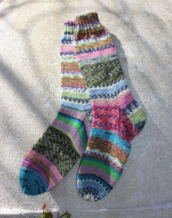 Free Knitting Patterns For Leftover Sock Yarn : scrappy socks - leftover sock yarn knit ~ crochet Pinterest Sock Yarn, ...