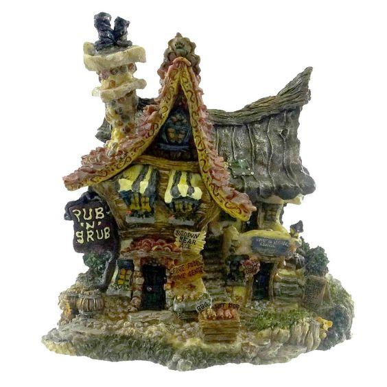 Pub N Grub Figurine
