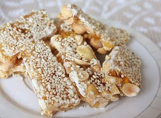Chinese peanut+sesame candy bars #花生芝麻糖 #Malt sugar hard candies with sesames and chopped peanuts #Asian_Dessert