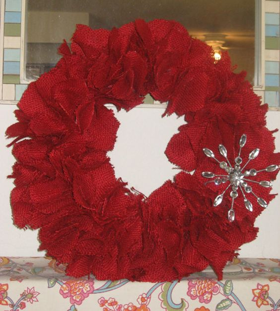 Burlap Wreath with Removable Decorative Snowflake by emrh616