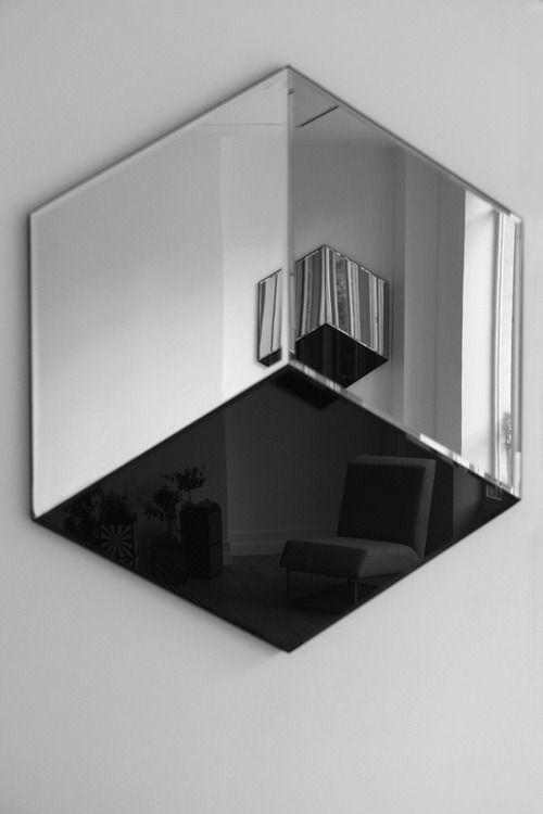 José Levy mirror