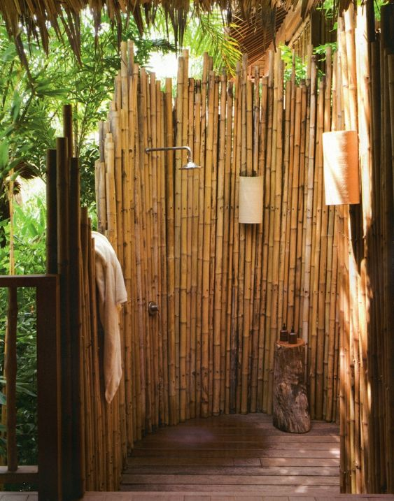 Sichtschutz F?r Dusche Im Freien : Gartendusche Sichtschutz – Ideen f?r die Outdoor-Dusche gesucht