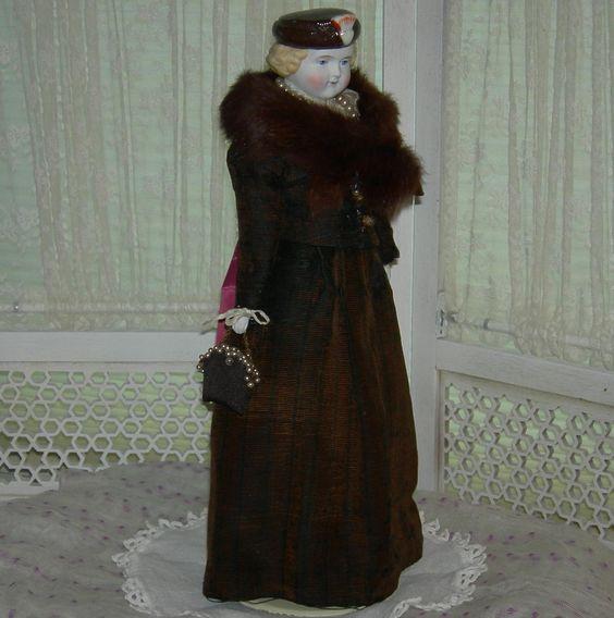 MOLDED HAT - PARIAN BISQUE - Alt, Beck & Gottschalk - Rare!! - Old from preciousrosey on Ruby Lane