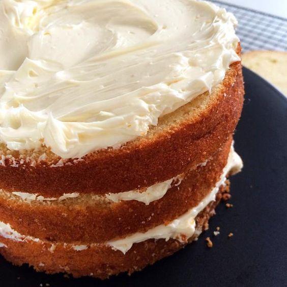 レシピとお料理がひらめくSnapDish - 96件のもぐもぐ - Yellow cake with Swiss meringue buttercream by 12Dragon