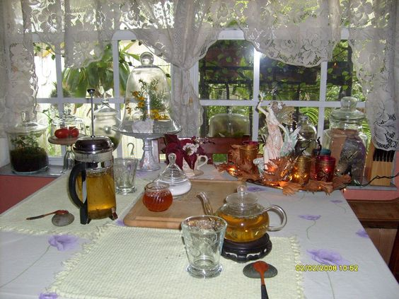 Fairy Cottage and Garden..... Re- Enchanted Life of a Domestic Mystic: Moroccan Mint Tea Time