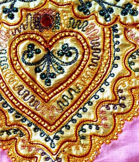 This textile just makes us want to fall in love.