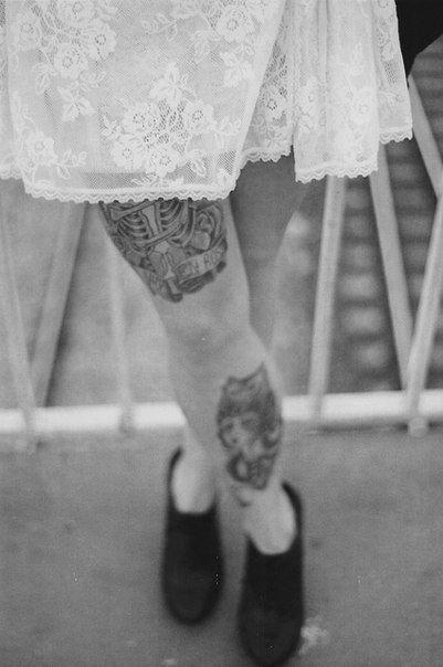 via tatoos and blondes