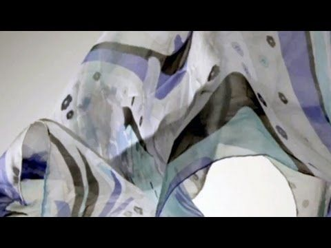 ▶ How To Tie a Scarf: 4 Scarves 16 Ways - YouTube