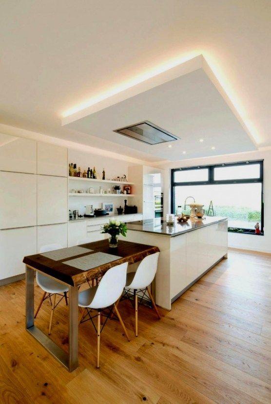 Indirekte Beleuchtung im Wohnzimmer, Esszimmer & Küche