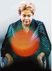 """A maldição da Casa Civil. """"Pode parecer uma espécie de maldição o fato de que os seis ministros da Casa Civil da era Lula-Dilma estejam na prisão, sob investigação ou sob suspeita de corrupção. Todos.  Ainda não se sabe se a presidenta Dilma Rousseff, na reforma ministerial que está finalizado, mudará Aloizio Mercandante, o atual ministro da Casa Civil, ele também investigado. Se o fizer, seria o sétimo titular desse ministério,..."""""""