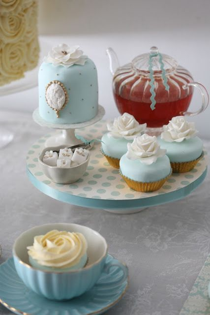Anyone for tea? Gold and tiffany blue sweet table.