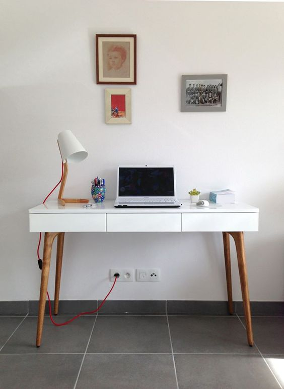 Retrouvez la console bureau design natura bois blanc sur for Bureau simple blanc