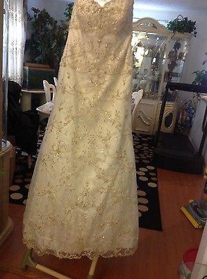 allure bridal wedding dress size 6/8 https://t.co/ID0wwrJfP5 https://t.co/2YEhBvAbV9 http://twitter.com/Xuisxa_Geertu/status/774938400558354432