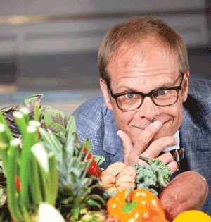 Food Expert Alton Brown Talks About Weight Loss and his Four-List Method