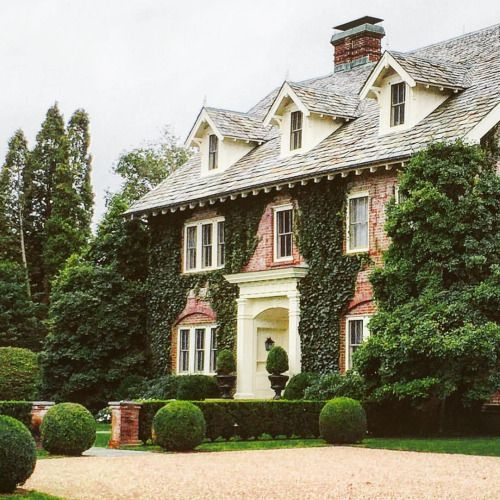 Best 25+ Classic house exterior ideas on Pinterest Solarium room
