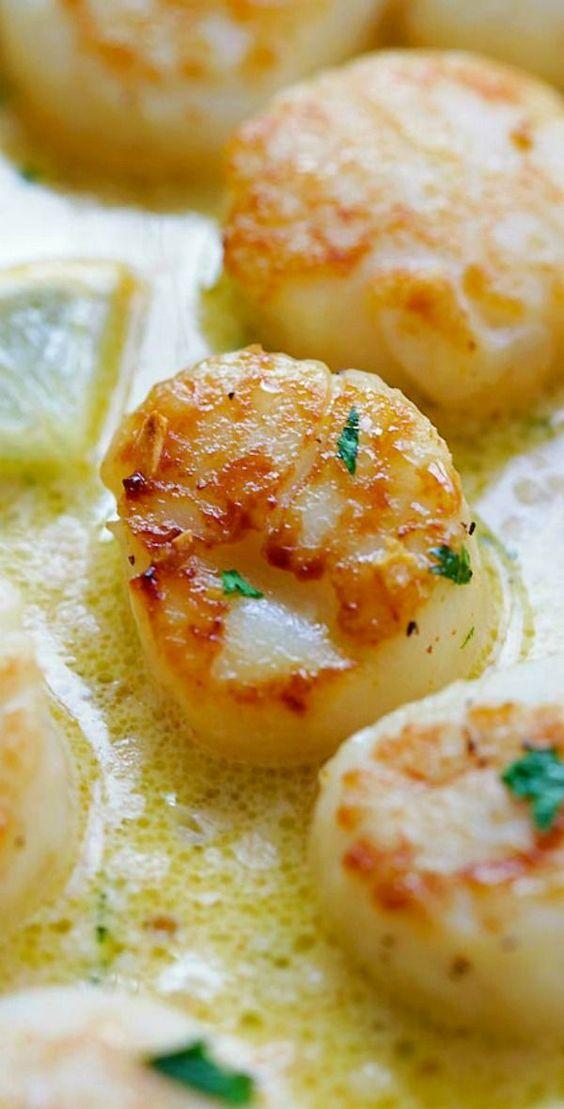 Creamy Garlic Scallops – easiest, creamiest and best scallop recipe ever. Take... - http://centophobe.com/creamy-garlic-scallops-easiest-creamiest-and-best-scallop-recipe-ever-take/