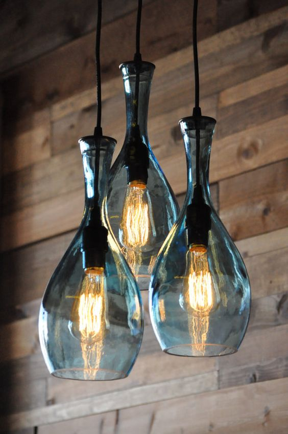 Botella de vino reciclada lámpara con Edison por MoonshineLamp