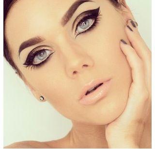 woah... white eyeliner on bottom undereye, and outlining with ...
