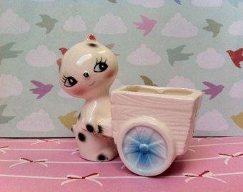 Statuetta gatto kitsch!! Kitty Cina carino, retro con fioriera figurina carro / gingillo piatto! MeOw!