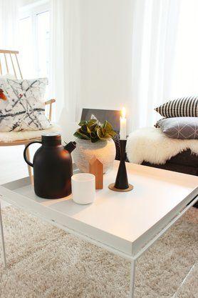 Tee am Nachmittag ist schon was Feines #livingroom #candle #candlelight #haytraytable #haychair #hay #tea #pouf #ikea