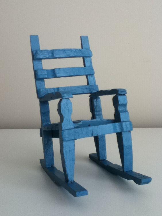 Mini cadeira de pregador de roupas