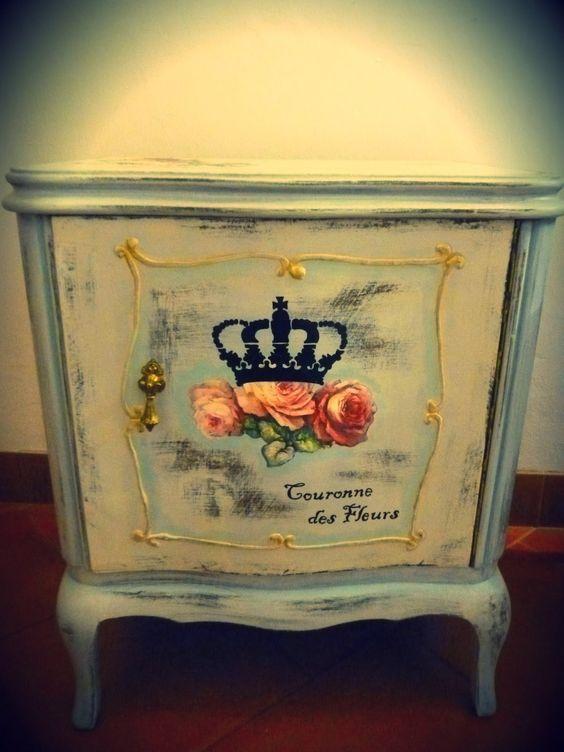 Par de mesas de luz antiguas en blanco antiguo con - Reciclar muebles viejos ...