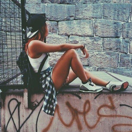 Image via We Heart It alone fashion girl hipster sad