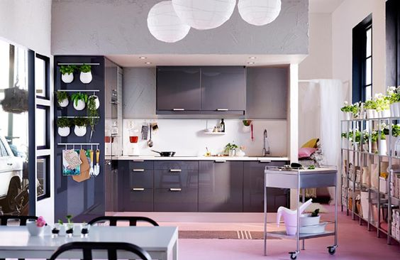 Cool grey kitchen.