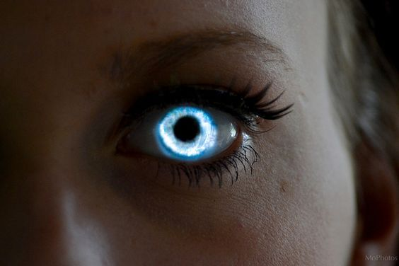Sara Glowing Eye by MoPhotos Photography, via Flickr