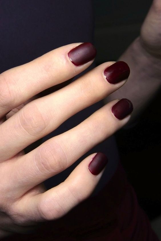Photos via: Style Bistro Loving the matte burgundy nails from the Costello Tagliapietra F/W 2014...