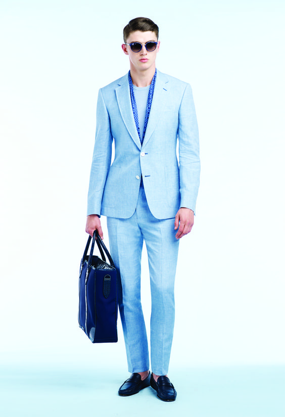 Sky blue wool/silk/linen plainweave two-piece suit, Soft blue