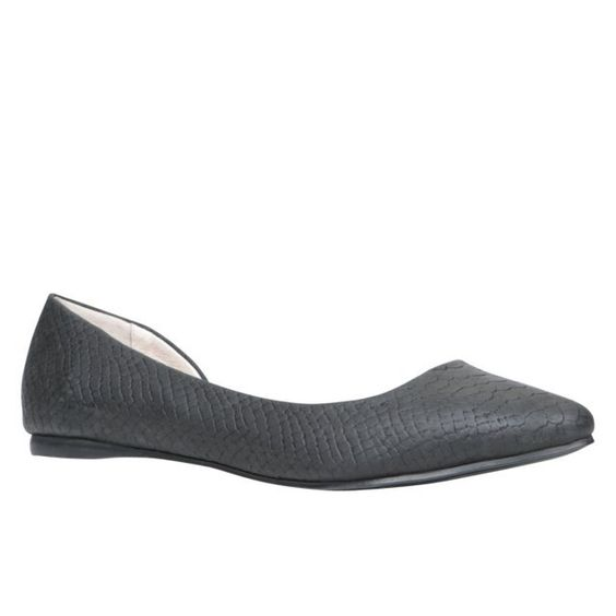 QILIDE - women's flats shoes for sale at ALDO Shoes.