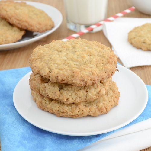 Thin and Crispy Coconut-Oatmeal Cookies