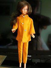 Superbe poupée Tressy de  BELLA A la Fac 1970